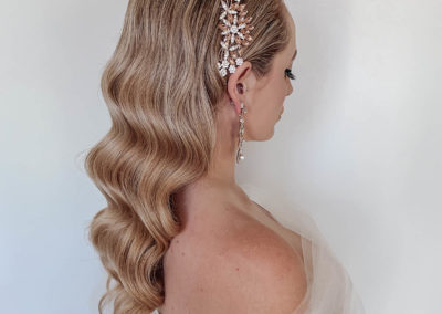 coco-chanel-perfume-blonde-vintage-waves-hairstyle-bride-hair-accessory