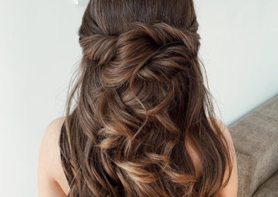gold-coast-formal-hair-style-brunette-long-natural-curls