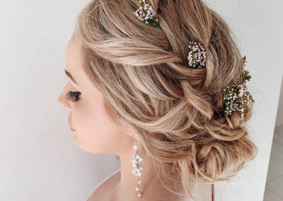 braided-bohemian-hair-style-floral-white-flowers-blonde-hair